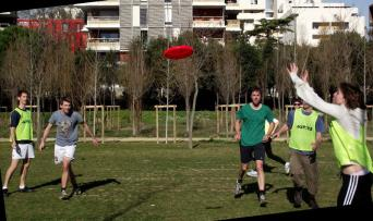 Play sport with an English club in Montpellier